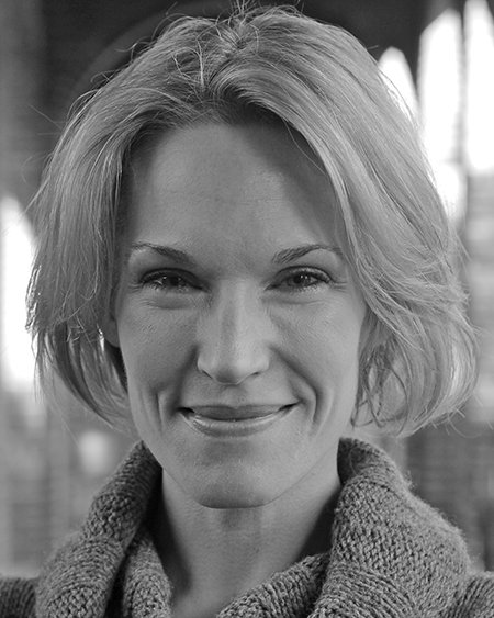 Sara Pecknold